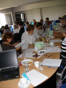 09_Uvodni_setkani_Peer_Review_20.9.2010_1.JPG